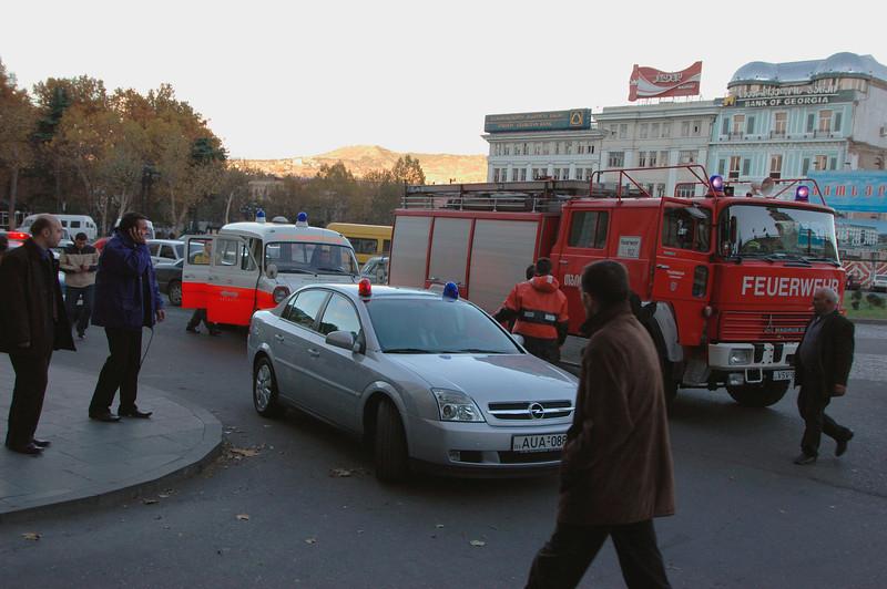 041118 1306 Georgia - Tbilisi Fire in Hotel _D _E _H ~E ~L.JPG