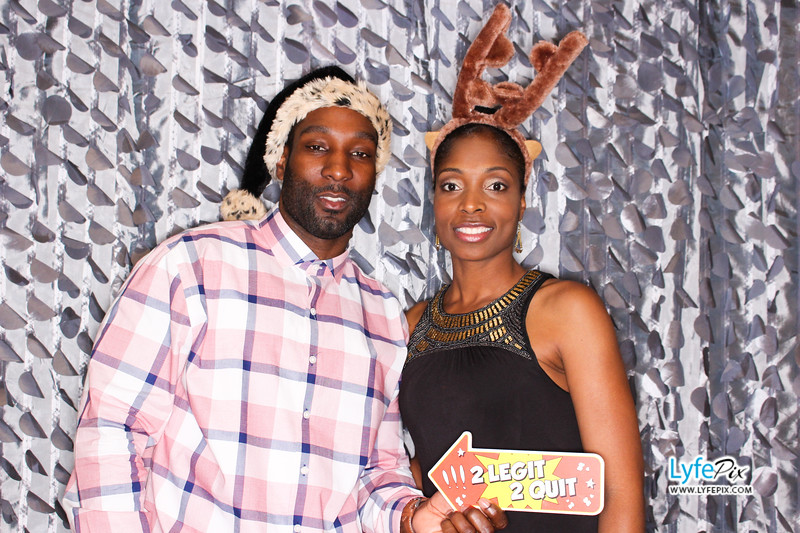 red-hawk-2017-holiday-party-beltsville-maryland-sheraton-photo-booth-0241.jpg