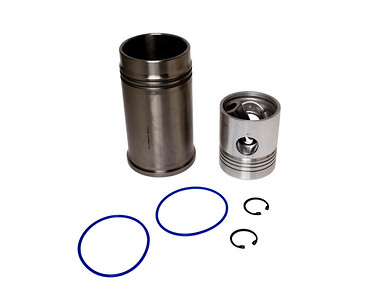 ZETOR NON TURBO PISTON AND LINER SET 4 RING