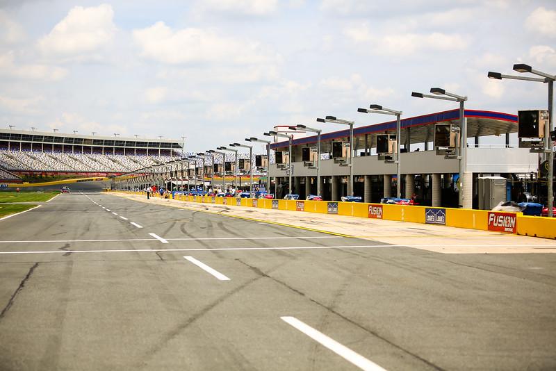 NASCAR_Lowes_031.jpg