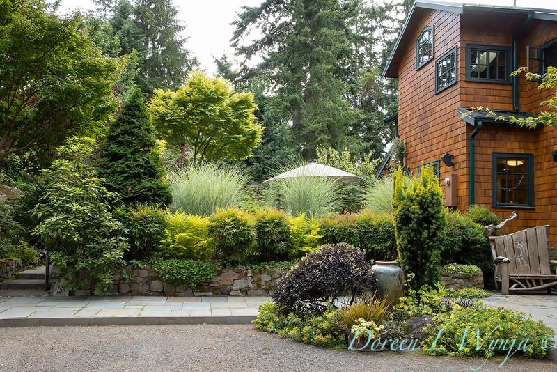 Whit & Mary Carhart garden_6195.jpg