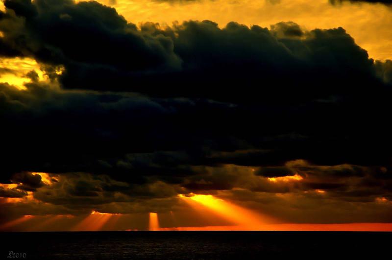At Sea 02-18-2010 8360.jpg