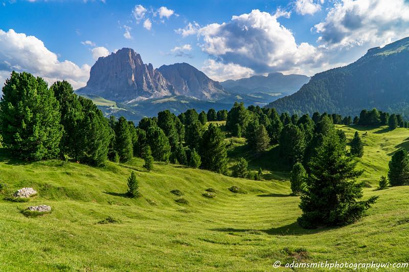 dolomites_hike_mountains_seceda-2.jpg