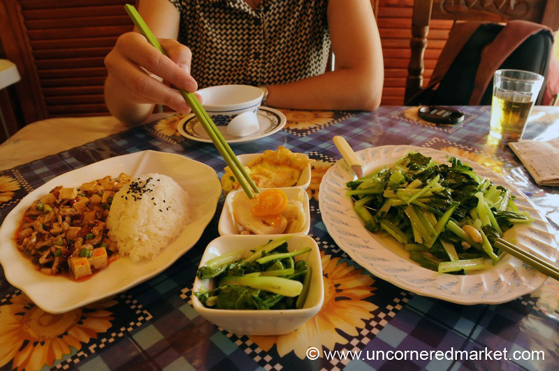 Chowing on Chinese Food - Ciudad del Este, Paraguay