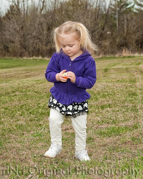 26 Easter 2015 - Faith Egg Hunting.jpg