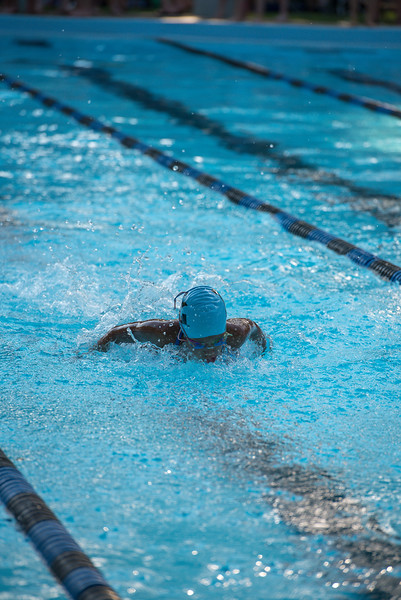 lcs_swimming_kevkramerphoto-045.jpg