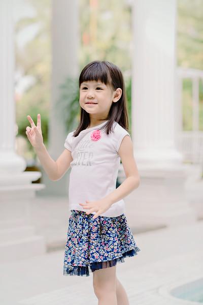 Lovely_Sisters_Family_Portrait_Singapore-4456.JPG