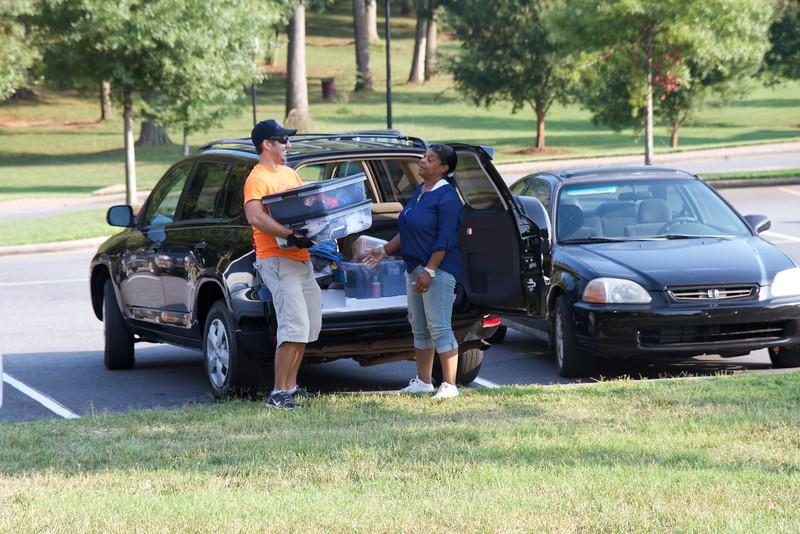 Freshmen Orientation and Move-in, Fall 2015.