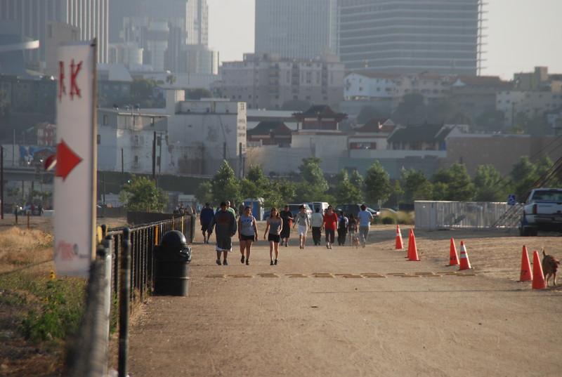 2009-06-24_Exercisers_0004.JPG