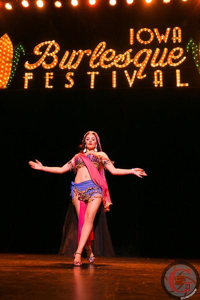 burlesque day2 edits (239 of 123).jpg