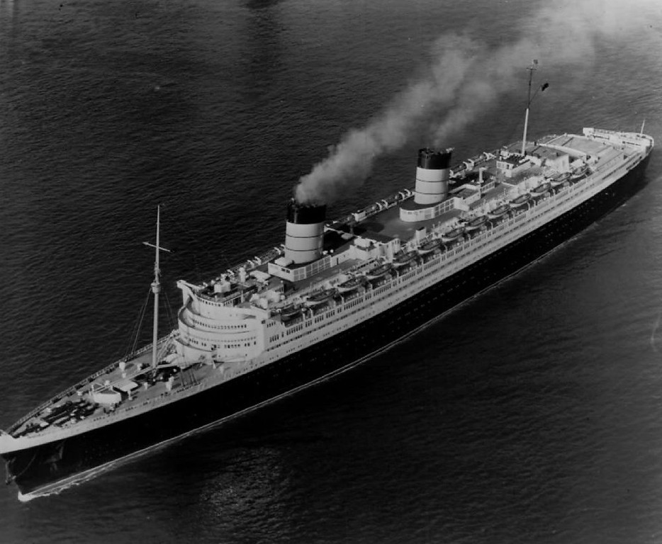 . This the Queen Elizabeth, world\'s largest passenger liner, reported she had collided with a freighter off New York\'s Coney Island, just outside of New York harbor on Jul. 31, 1959. The accident occurred about a mile and a half off shore.