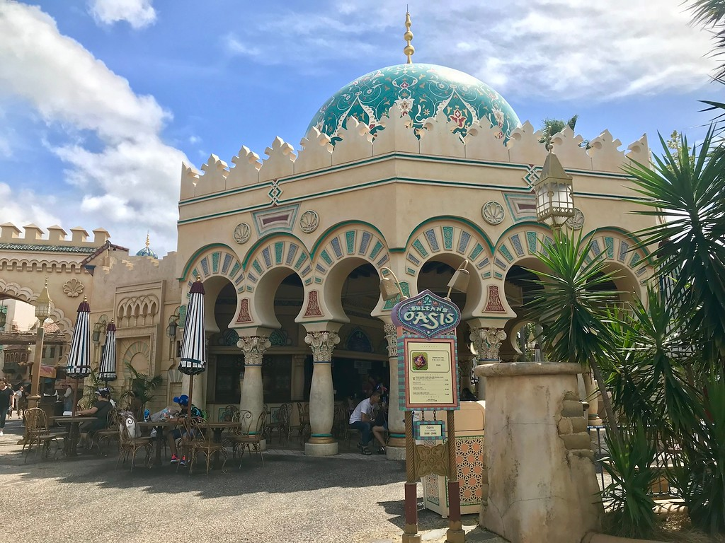 The Sultan's Oasis restaurant in the Arabian Coast zone.