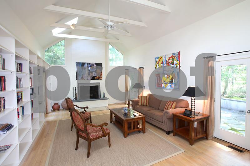 Living Room Horizonal sm.jpg