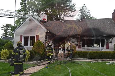 Westbury F.D. Working Fire  Rockland St. 5/6/21