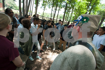 students-get-a-handson-history-lesson-at-confederate-camp