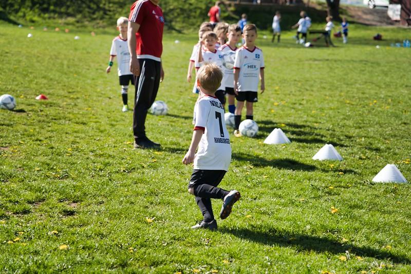hsv-fussballschule---wochendendcamp-hannm-am-22-und-23042019-u6_46814452215_o.jpg