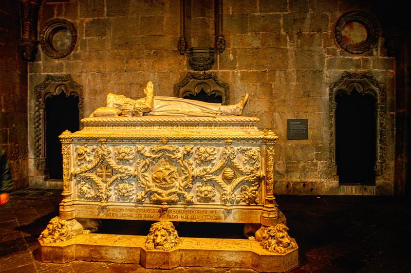 Jeronimos Monastery – Tomb of Vasco de Gama