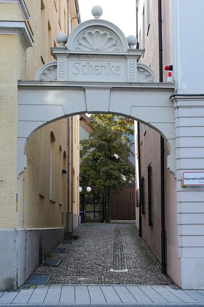 12 September 25  Munich & Prague