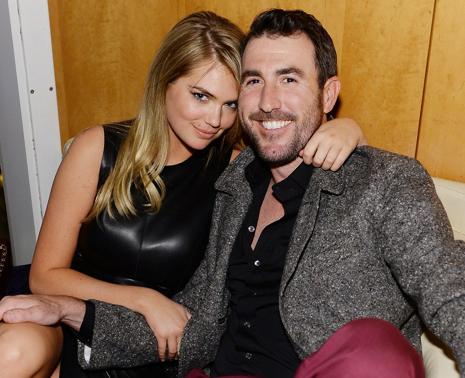 ". 10. (tie) JUSTIN VERLANDER <p>Tigers hoping their Casanova ace can be � uh � nursed back to health. (unranked) </p><p><b><a href=""https://sports.yahoo.com/blogs/mlb-big-league-stew/kate-upton-says-yankees-wouldn-t-let-her-wear-tigers--gear-at-yankee-stadium-163351353.html\"" target=\""_blank\""> LINK </a></b> </p><p>     (Dimitrios Kambouris/Getty Images for GQ)</p>"