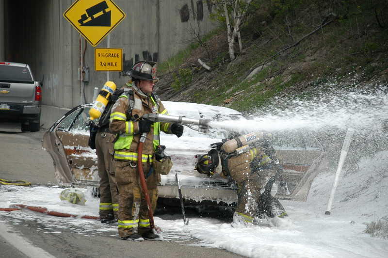 mahanoy township vehicle fire 5-7-2010 005.JPG