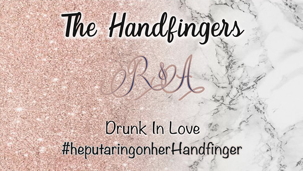 Handfinger Wedding