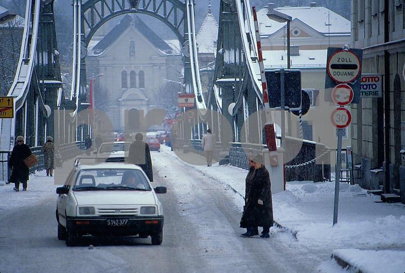 Oberndorf-Laufen border 0291.jpg