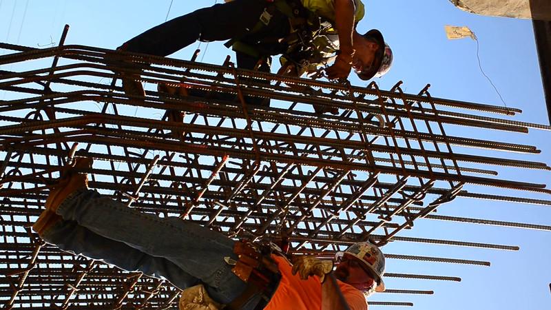2015-02-09bridge construction 8.MOV