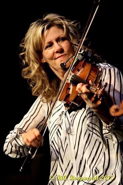 Natalie MacMaster - Calvin Vollrath - Fiddle Gala 2015 0124