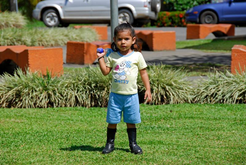 080126 0159 Costa Rica - La Fortuna to San Ramone Bus Trip _L ~E ~L.JPG