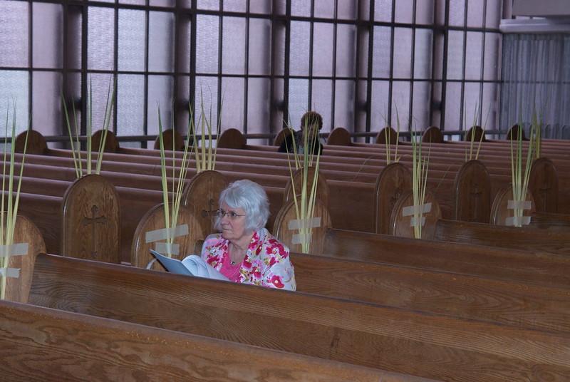 2011-04-18-Holy-Week_478.jpg