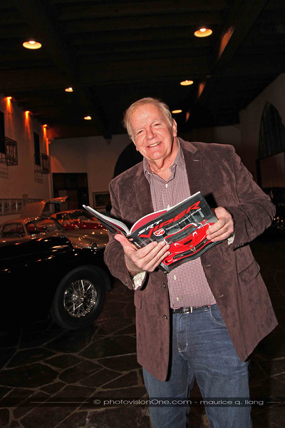 Ron checks out Maurice's new Viper book.