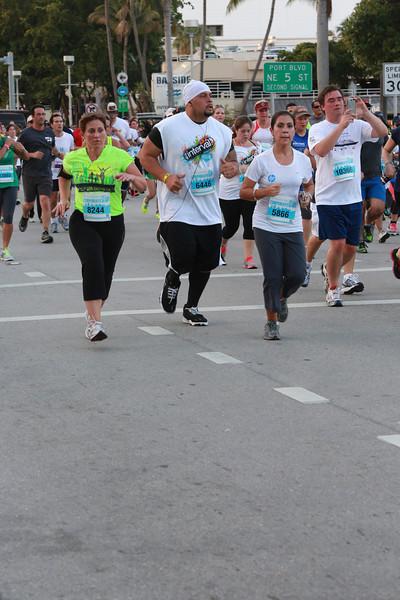 MB-Corp-Run-2013-Miami-_D0614-2480608977-O.jpg