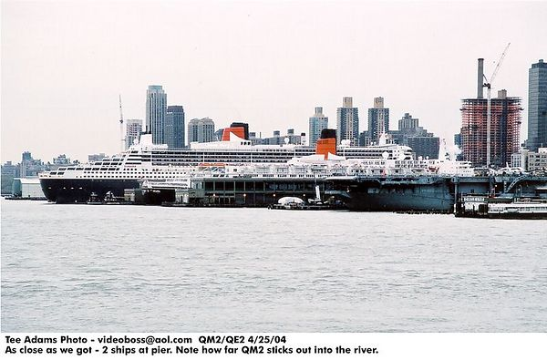 QM2/QE2 in NYC together