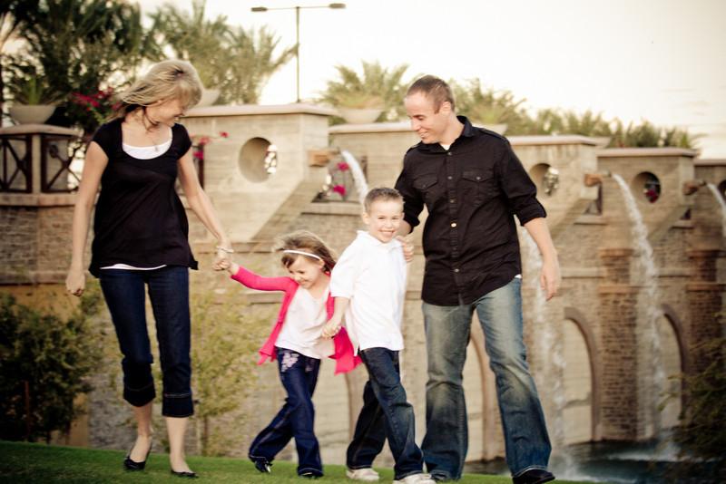 VonDerAhe Family Portraits 210.jpg