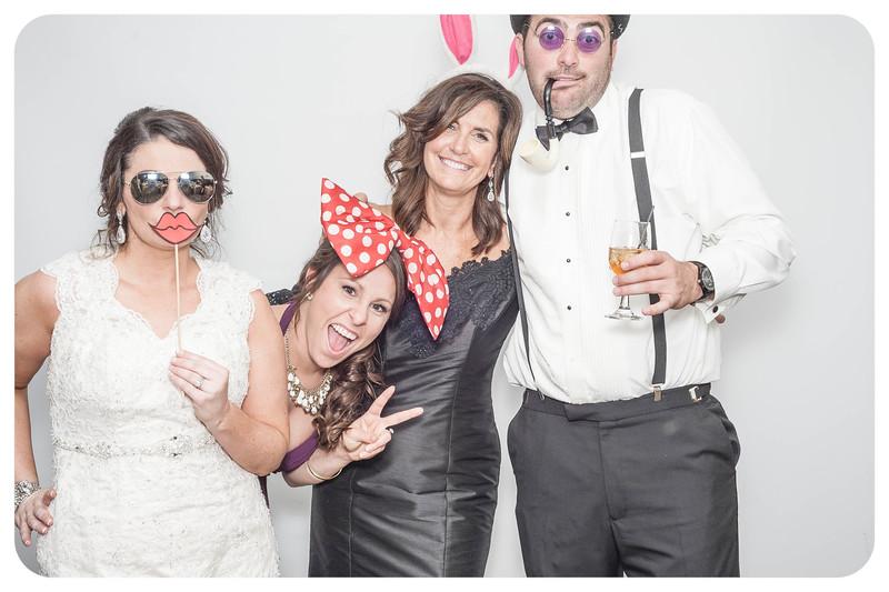 Lauren+Aaron-Wedding-Photobooth-098.jpg