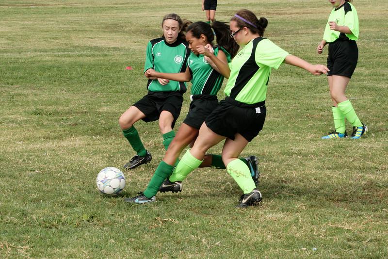 Soccer2011-09-17 11-12-04.JPG