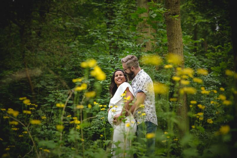 LR - Zwangerschapsfotoshoot - Polly + Oscar - Karina Fotografie-17.jpg