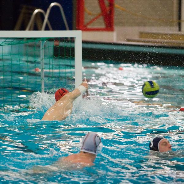 Demonstratiewedstrijd van het Nederlands waterpolo heren team tegen de Aqua All Stars.
