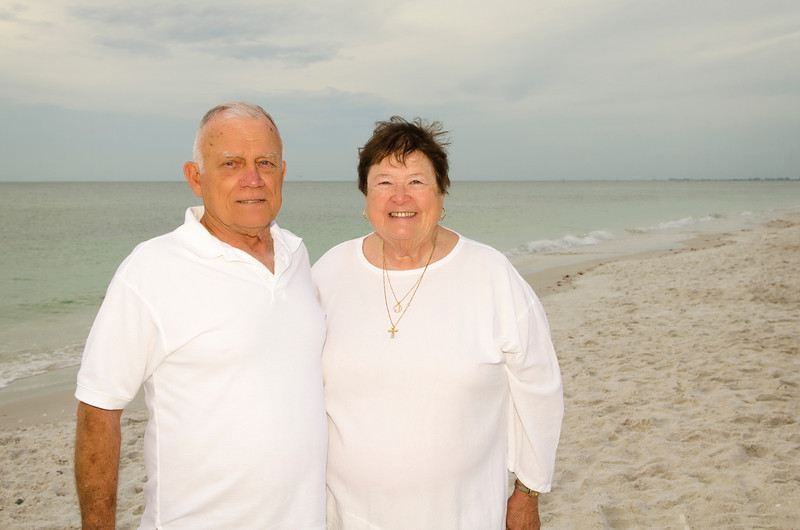 Mary Jo's Family Photos - Barefoot Beach, Fl 232.jpg