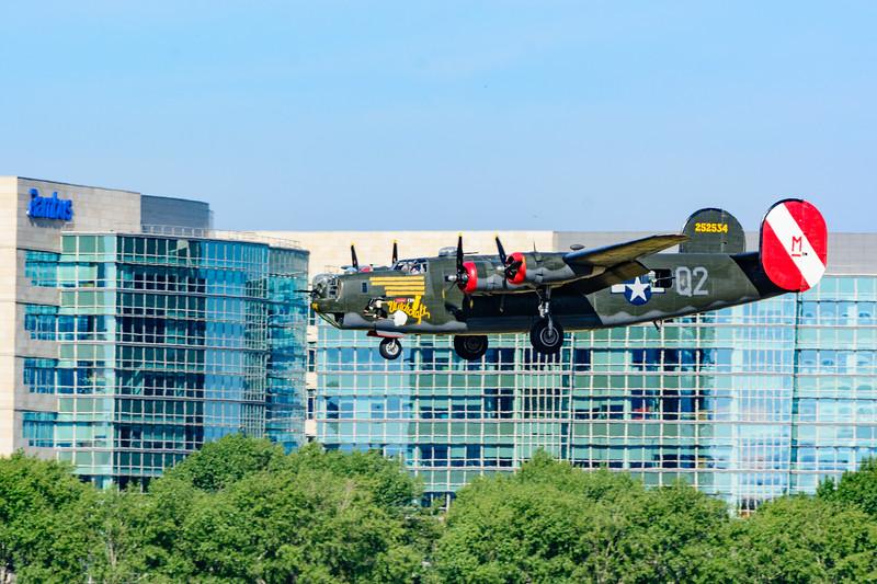 ww2 airplanes Nikon-0332.jpg