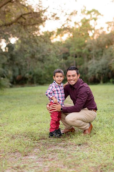 Ariza Family 2020-65.jpg