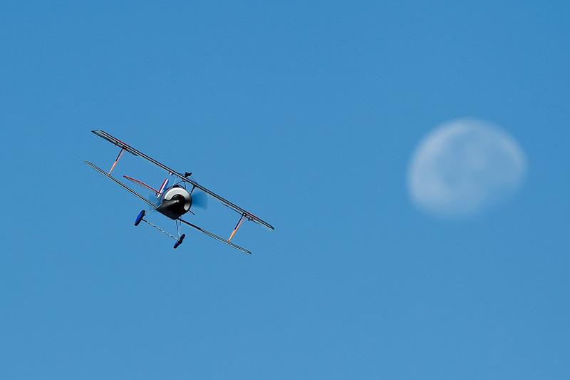 Electrifly_Nieuport17_Moon_51.jpg