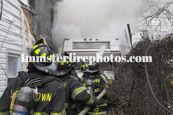 LEVITTOWN FD SHEEP LANE CAMPER FIRE WITH EXTENSION 11-25-10