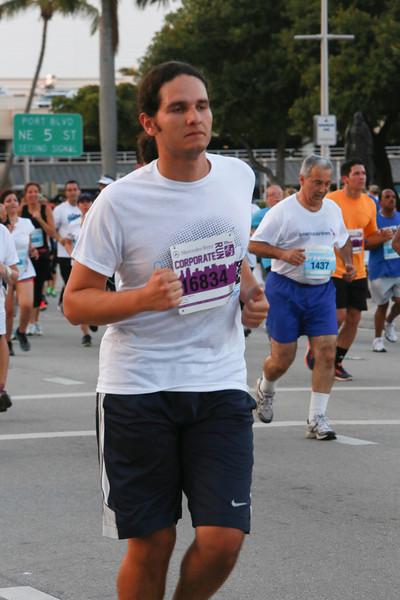 MB-Corp-Run-2013-Miami-_D0600-2480606506-O.jpg