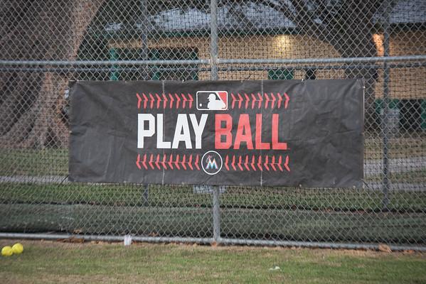 Meet Me at the Park Softball Clinic