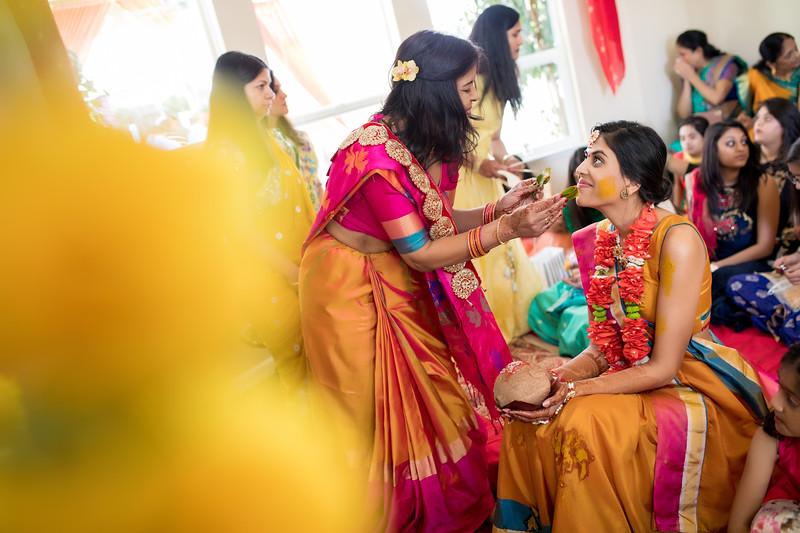 Hina_Pithi_Pooja-215.jpg