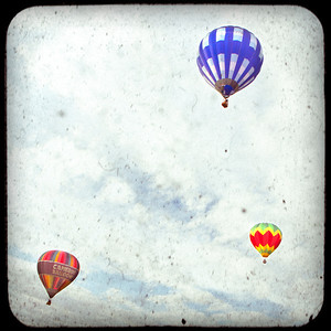 Airplanes + Balloons
