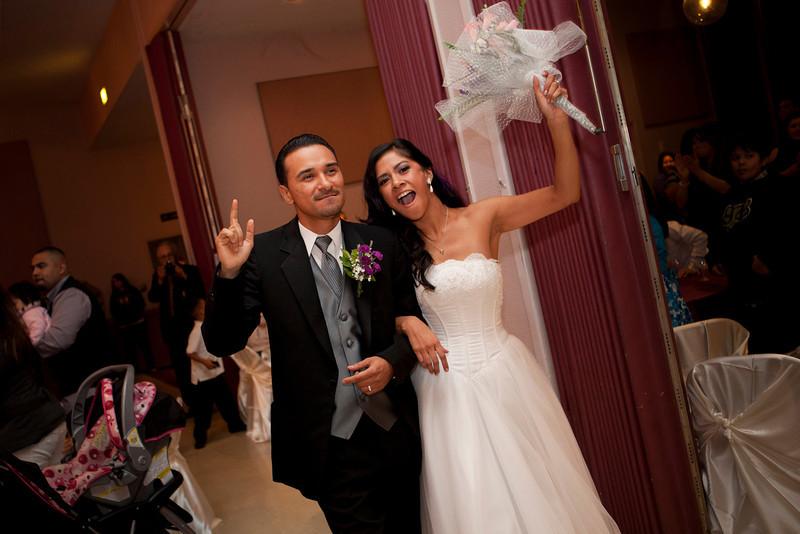 2011-11-11-Servante-Wedding-338.JPG