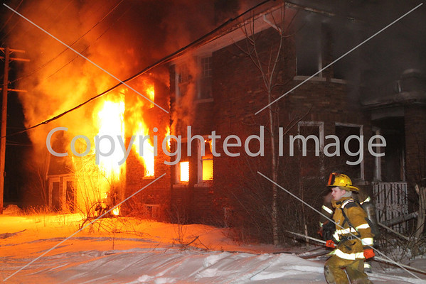 BOX ALARM COLUMBUS & WILDEMERE UNIT 2 (02-15-2014)