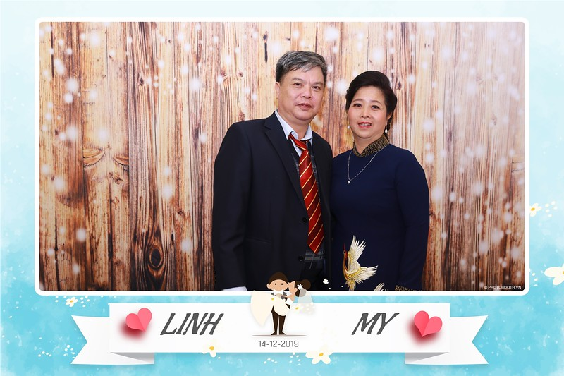 Linh-My-wedding-instant-print-photo-booth-in-Ha-Noi-Chup-anh-in-hnh-lay-ngay-Tiec-cuoi-tai-Ha-noi-WefieBox-photobooth-hanoi-164.jpg
